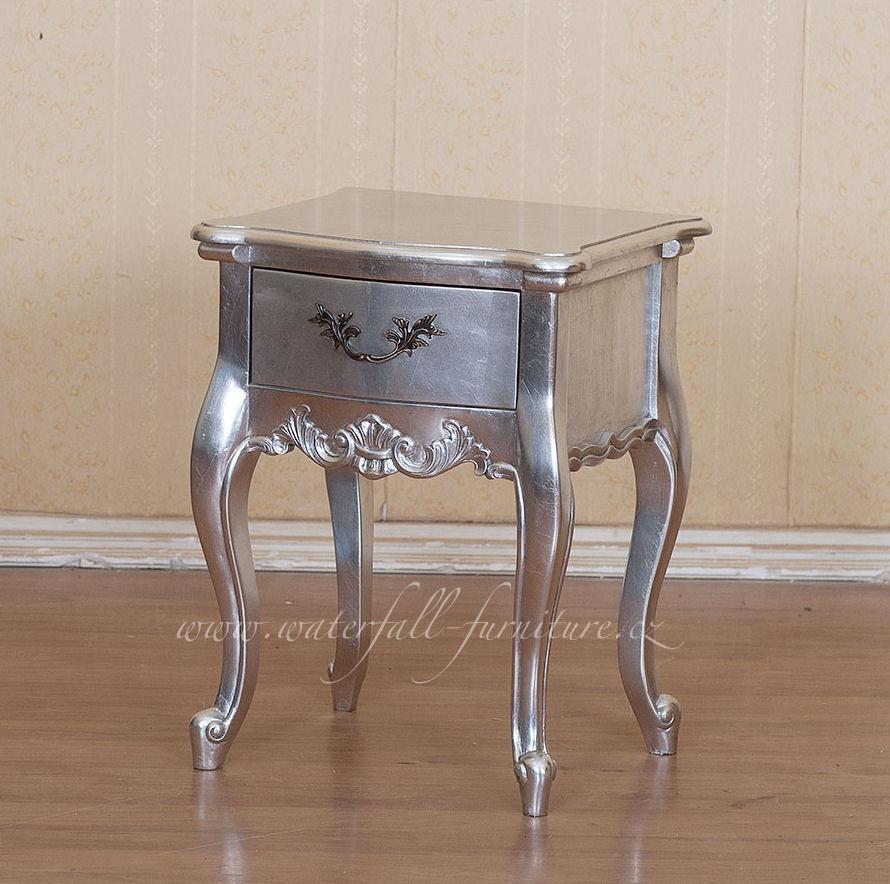 Stříbrný retro noční stolek Silver Leaf