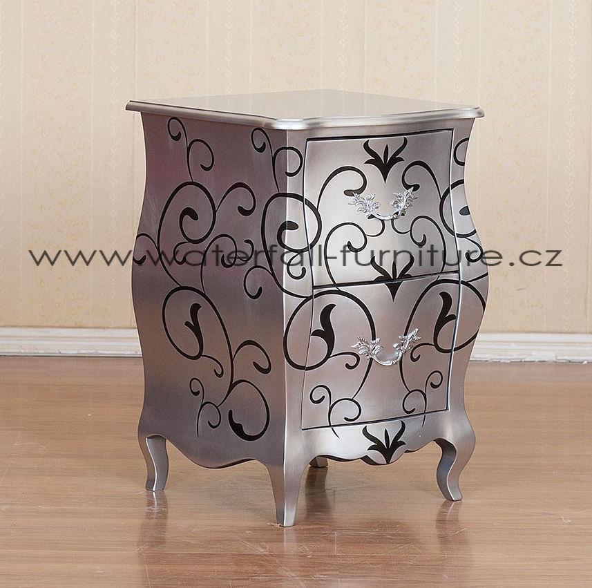 Velký designový stříbrný stolek
